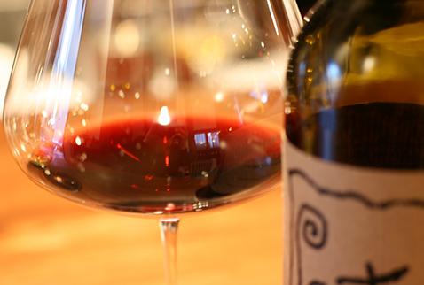 赤ワイン写真